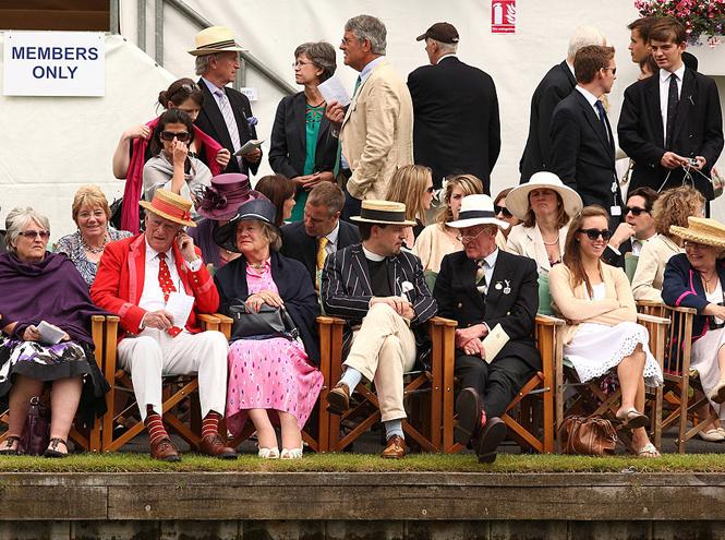 Фото №5 - Запрет на телефоны и особый дресс-код: что нужно знать о Королевской регате в Хенли