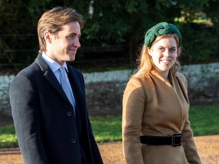 Фото №1 - Слова любви: как муж принцессы Беатрис поздравил ее с первой годовщиной свадьбы (это очень трогательно)