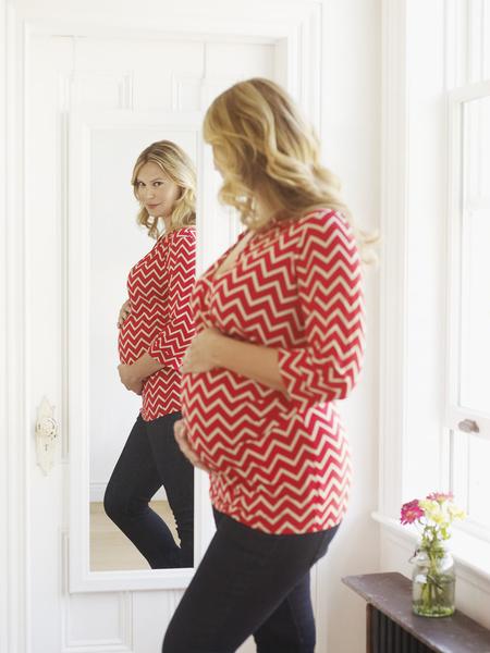 3395cc590a37a Как выбрать одежду для беременных — www.wday.ru