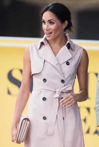 Фото №3 - 5 платьев-тренчей как у Меган Маркл, которые можно купить с хорошей скидкой прямо сейчас