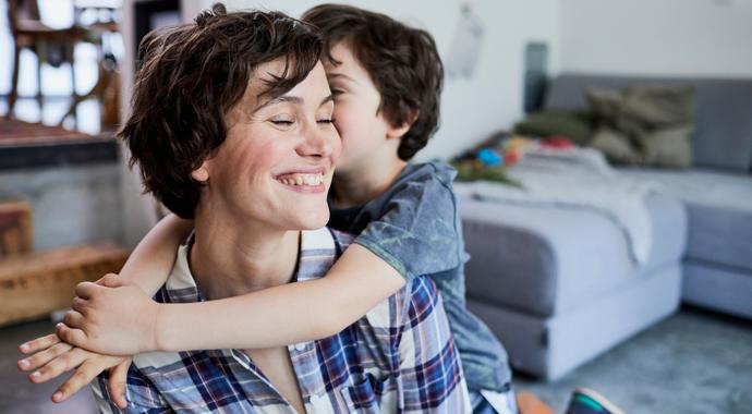 Как вовремя отпустить сына и дать ему повзрослеть