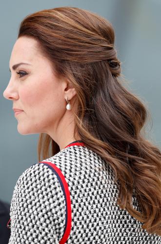Фото №7 - Без затей: что на голове у беременных принцесс