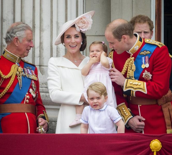 Принц Чарльз с семьей