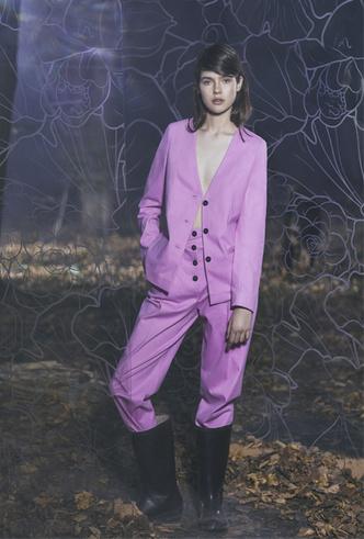 Фото №9 - Пять крутых российских брендов с Mercedes-Benz Fashion Week Russia, которыми стоит гордиться