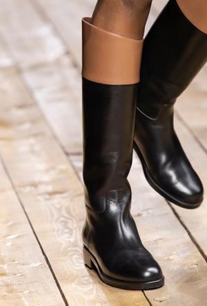 Фото №8 - Самая модная обувь осени и зимы 2020/21