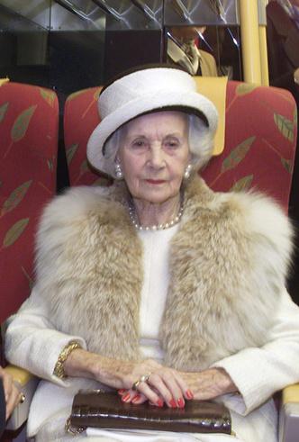 Фото №63 - Вне возраста: стильные приемы европейских аристократок (и аристократов)