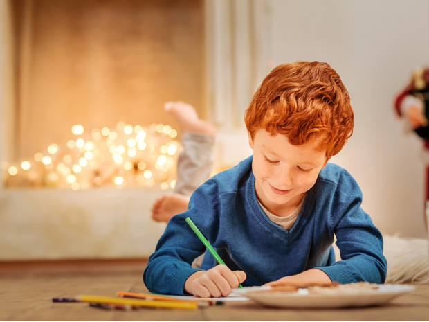 Фото №1 - Что чаще всего просят дети у Деда Мороза в этом году