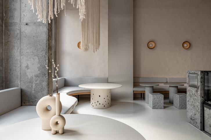 Фото №1 - Їстетика: минималистское кафе в Киеве от студии Yakusha Design