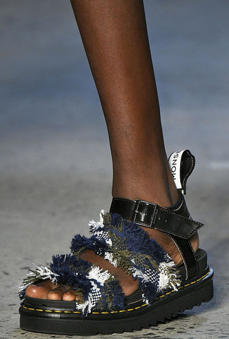 Фото №26 - Самая модная обувь весны и лета 2019