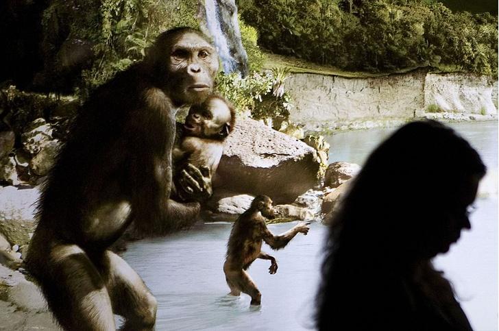Фото №1 - Древние женщины кормили детей грудью до 5 лет