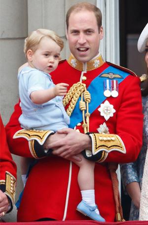 Фото №6 - Принц Луи дебютировал на королевском мероприятии (в одежде принца Гарри)