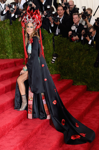 Фото №16 - История Met Gala: самые знаменитые наряды бала Института костюма