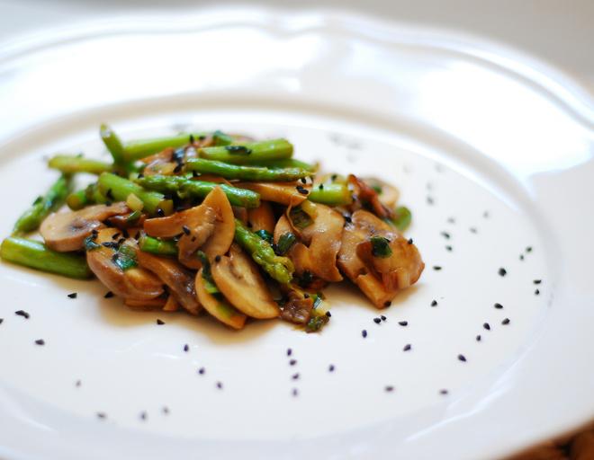 салат грибной с опятами