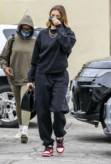 Хейли Бибер в Лос-Анджелесе
