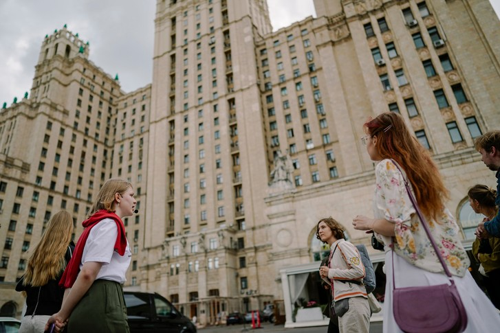 Фото №3 - Архитектурные прогулки с музеем «Гараж»