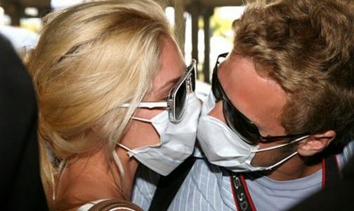 Фото №1 - Этой осенью в Петербург вновь вернется «свиной грипп»