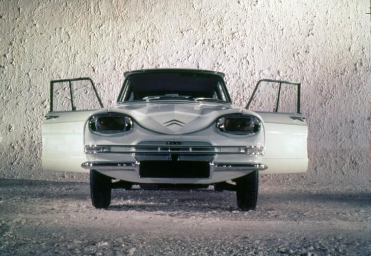 Фото №3 - На дизайн ужасные, классные внутри: 10 автомобилей со странным внешним видом