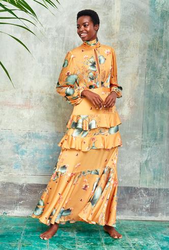 Фото №2 - Экзотическое торжество: как носить платья с яркими принтами на праздник