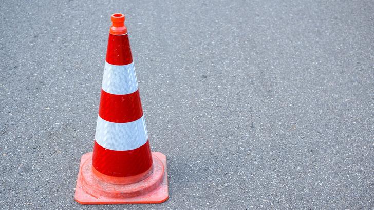 Фото №1 - Кабмин выделит 30 миллиардов рублей на ремонт дорог