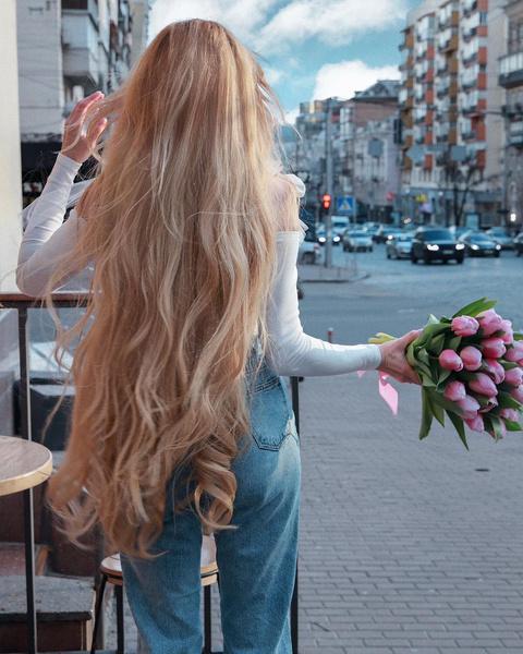 Фото №1 - Топ-7 проверенных средств для роста волос