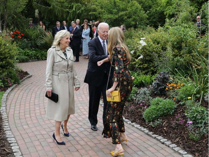 Фото №4 - Саммит G7 в Корнуолле: как выглядят Первые леди Европы и Японии
