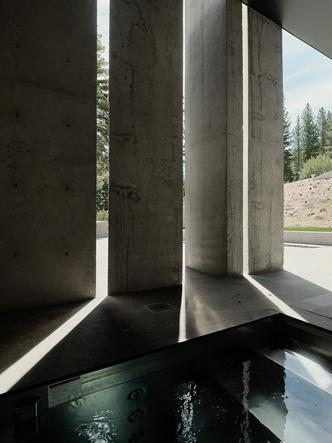 Фото №6 - Модернистский дом на горнолыжном курорте в Калифорнии