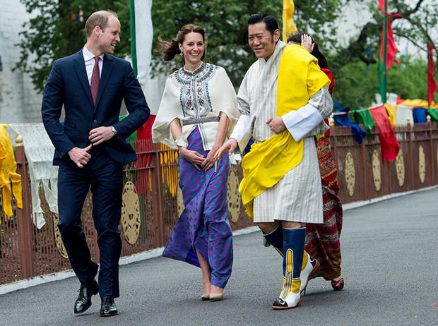 Фото №12 - Король-дракон Бутана: любовь стоит того, чтобы ждать