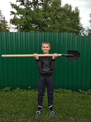 Фото №4 - Спорт на грядке: 5 крутых упражнений с лопатой