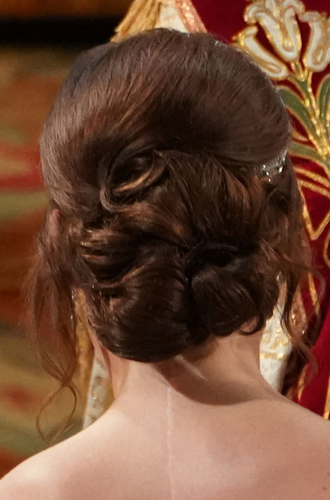 Фото №20 - Настоящая принцесса: свадебный образ Евгении Йоркской