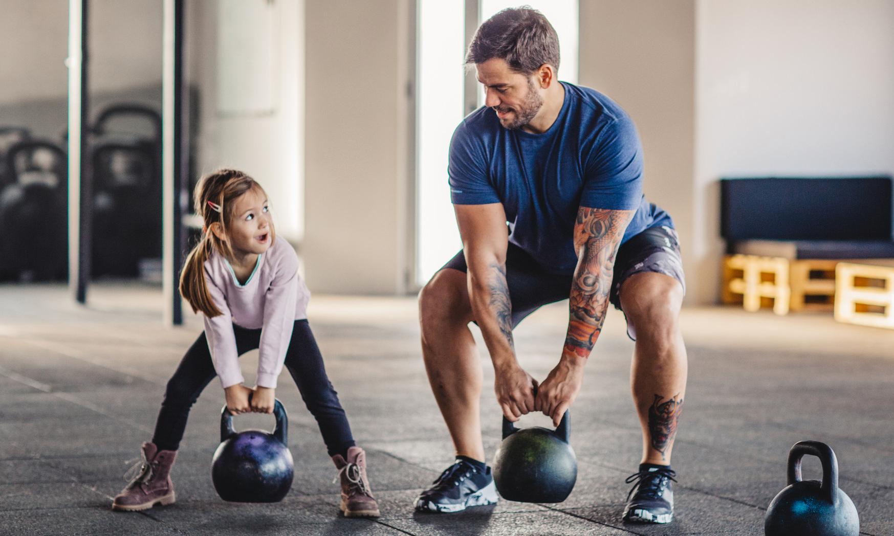 Зарядка для малышей: 5 упражнений, которые нужно делать каждый день