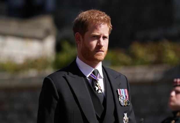 Фото №1 - Опальный принц: кто из Виндзоров отказался общаться с Гарри на похоронах