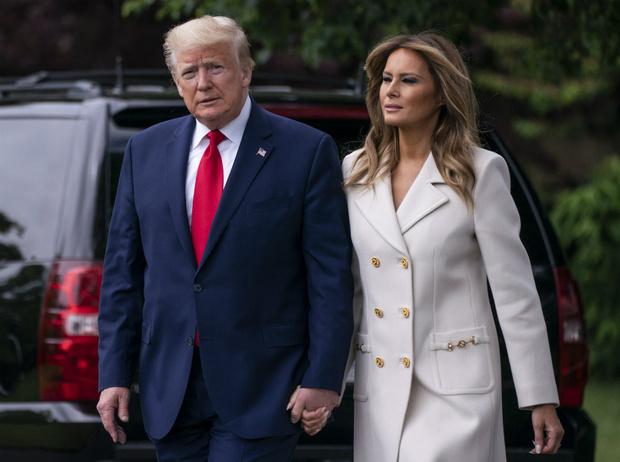 Фото №1 - Как день рождения Дональда Трампа подтвердил проблемы в браке с Меланией