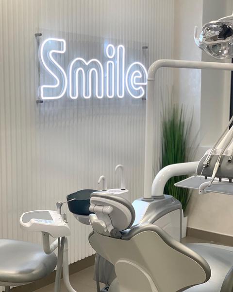 Фото №2 - Зубная фея из кошмаров: детского стоматолога из Ровно обвиняют в издевательствах над маленькими пациентами