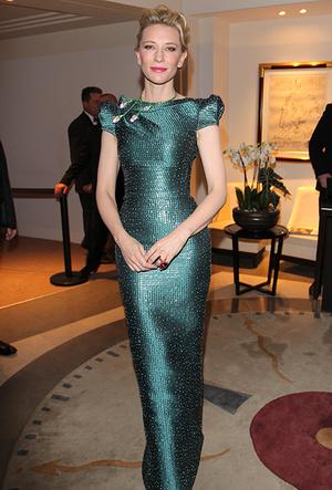 Фото №35 - Королева Канн: Кейт Бланшетт и ее модные образы за всю историю кинофестиваля