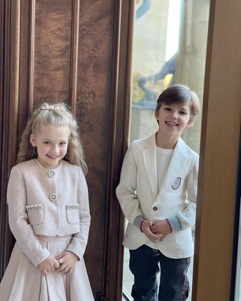 Фото №1 - По стопам мамы: двойняшки Пугачевой и Галкина решили запеть
