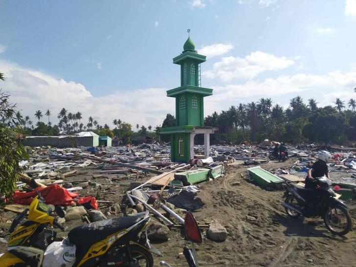 Фото №1 - Землетрясение и цунами в Индонезии