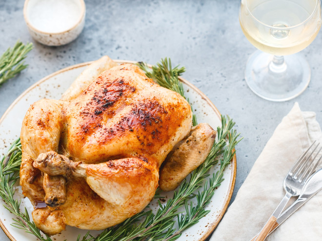 Курица в духовке: простой рецепт
