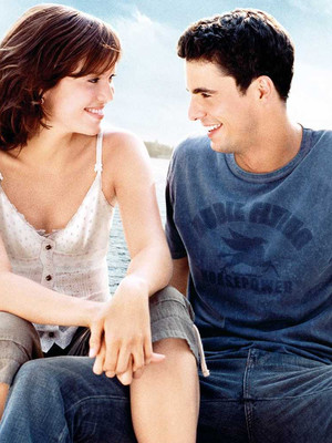 Фото №1 - Что посмотреть: 10 романтических драм для тех, кто обожает фильм «После»