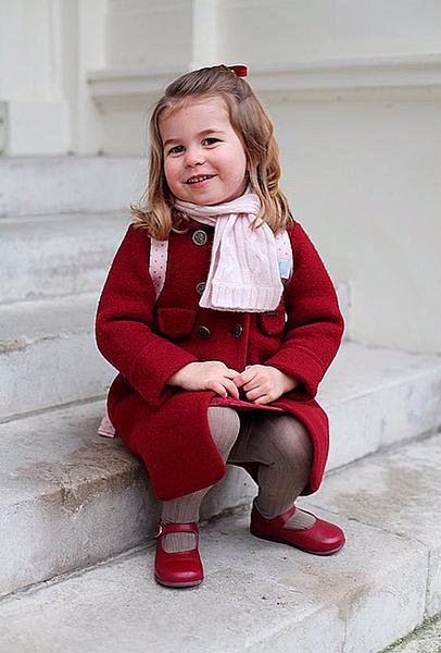 Фото №3 - Принцесса Шарлотта пошла в детский сад