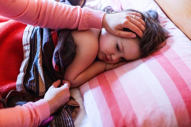 Фото №4 - Как сбить высокую температуру у ребенка: помощь с лекарствами и без