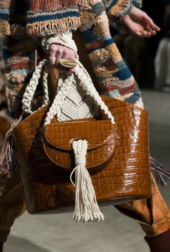 Фото №29 - Самые модные сумки осени и зимы 2019/20