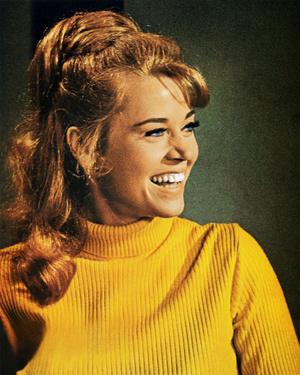 Фото №2 - Стрижки как у Хепберн, Бардо и других кинодив 60-х, которые мы снова будем носить