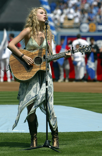 Фото №11 - Безупречная Тейлор Свифт: как сделать карьеру отличницы в шоубизнесе