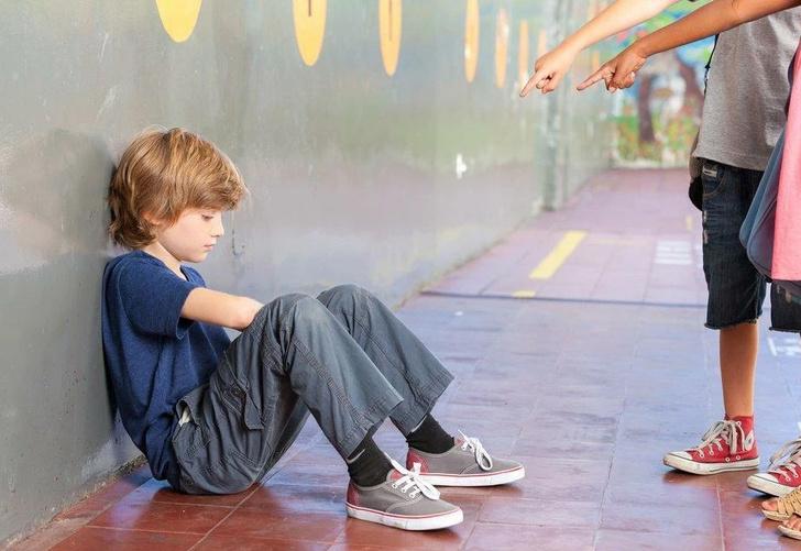 Фото №1 - Что делать, если никто в классе не дружит с твоим ребенком