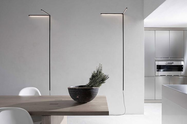 Светильник Y, дизайн Эдмондо Тестагуцци, Маттео Уголини и Lennart.