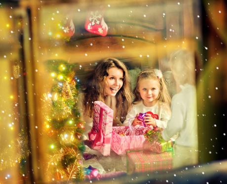 Фото №1 - Бабушка ищет семью, чтобы не быть одной на Рождество