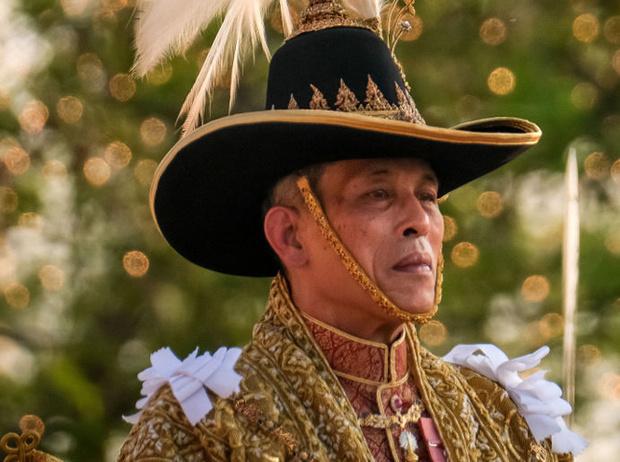 Фото №10 - Озаренный молнией: как Рама X стал самым скандальным монархом современности