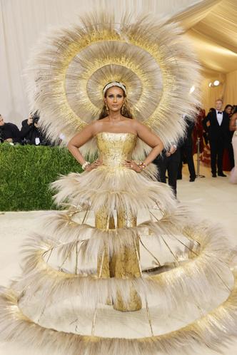 Фото №67 - Met Gala 2021: все модные образы бала Института костюма