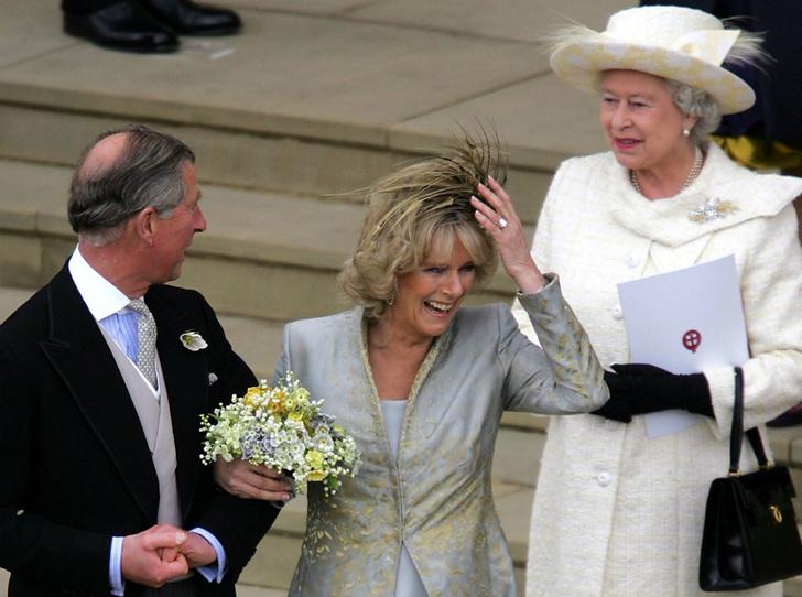 Фото №3 - Как Королева отреагировала на новость об изменах принца Чарльза