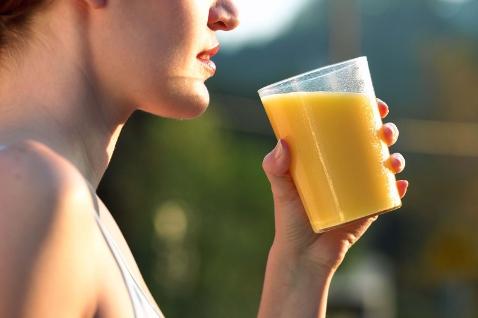 Фото №1 - Соки для похудения — как правильно пить?